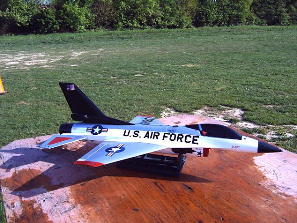 1_F-16-6