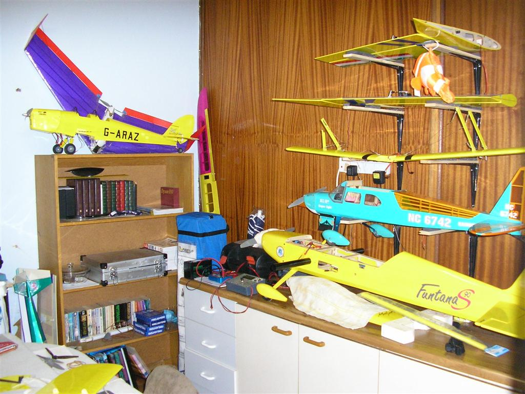 1_Hobby_Room_Large_