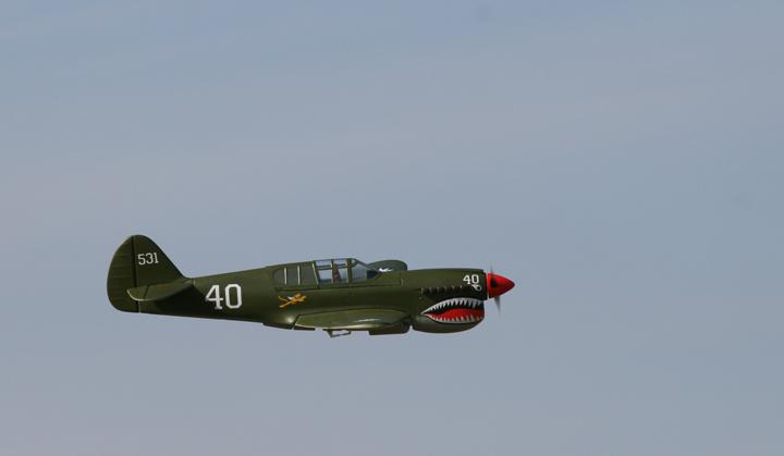 1_P-40_maiden_3