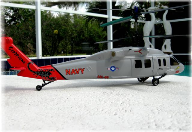 MODEL_NAVY_HELICOPTER_3-09_1_640x439