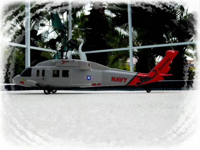 MODEL_NAVY_HELICOPTER_3-09_2_640x480