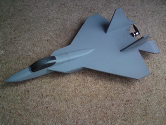 YF-22_in_base_colour